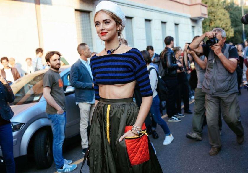 chiara-jersey-cuida-de-ti-cuida-tu-imagen-milan-fashion-week-tendencias-primavera-2017-street-style-la-pasarela-en-la-calle-modelitos-looks-outfits-fashion-week
