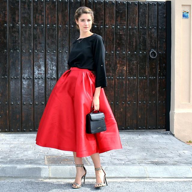 falda-midi-2-cuida-de-ti-cuida-tu-imagen-rojo-valentino-san-valentin