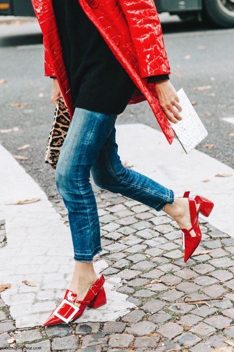 zapatos-6-cuida-de-ti-cuida-tu-imagen-rojo-valentino-san-valentin