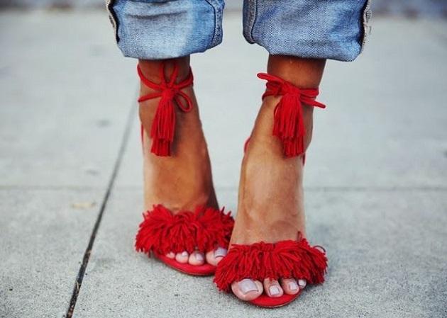 zapatos-7-cuida-de-ti-cuida-tu-imagen-rojo-valentino-san-valentin