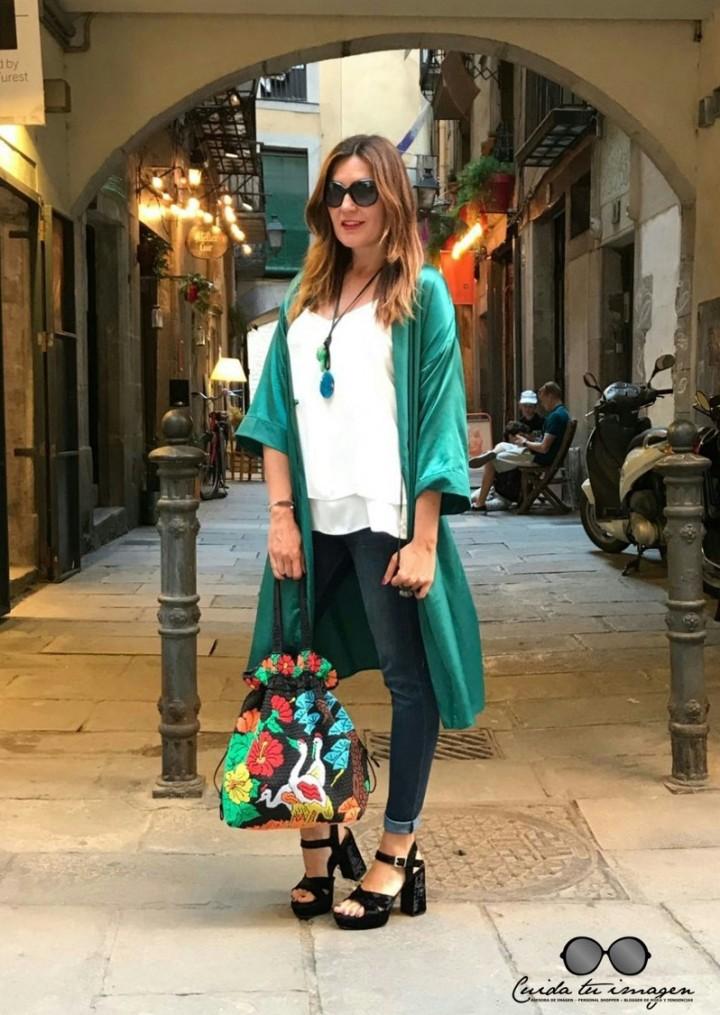 5 - Cuidatuimagen, tendencia kimono, verde esmeralda, vintage, desfile, barcelona, Borne 5
