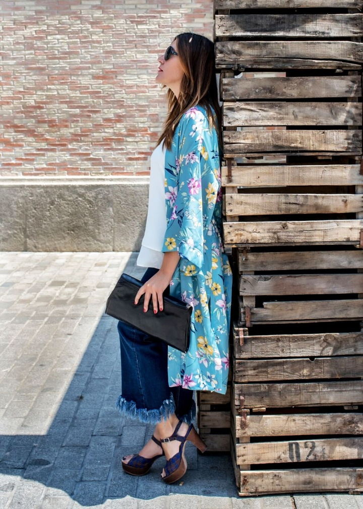 Cuida tu imagen, Tendencias, Kimonos, Trends, summer trends, light blue, stradivarius, berska, pons quintana, looks, street style, inspiration, bloguer 10