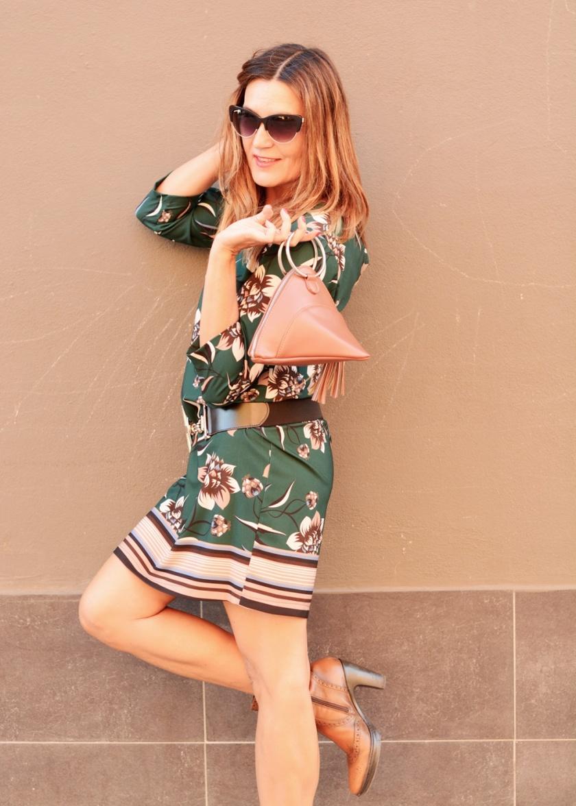 Cuida tu imagen, veroño, tendencias, trends, otoño, vestidos midi, verde botella, Desfila, Alicia Santiago, Sabadell 6