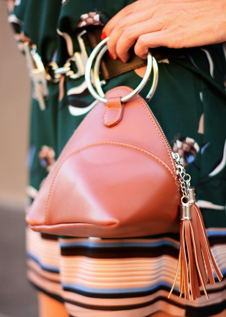Cuida tu imagen, veroño, tendencias, trends, otoño, vestidos midi, verde botella, Desfila, Alicia Santiago, Sabadell