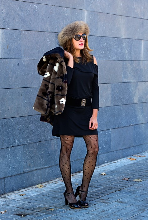 Cuidatuimagen4, look de fin de año, Little Black Dress, Petite robe noire, black, faux fur, pelchito, polca