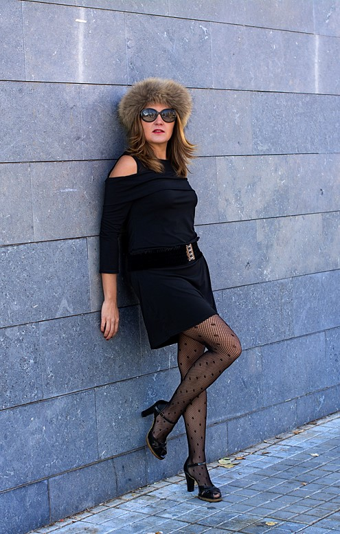 Cuidatuimagen6, look de fin de año, Little Black Dress, Petite robe noire, black, faux fur, pelchito, polca