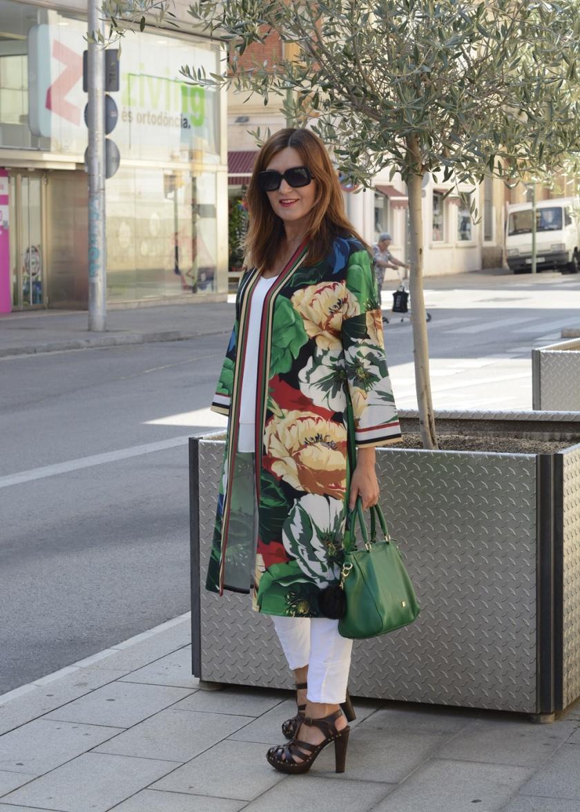 Cuidatuimagen, asesora de imagen, personal shopper, fondo de armario, kimono, misskimonos, Milabra, cangrejeras, Sisley, summerlooks