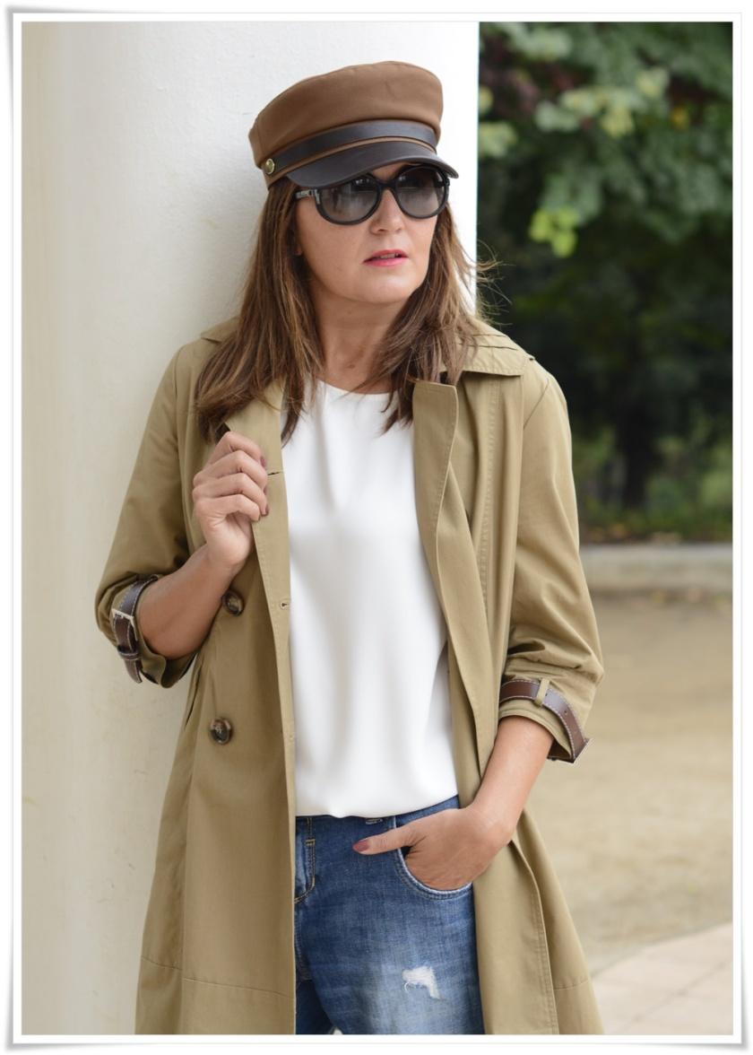Cuida tu imagen, Alicia Santiago, Trench beige, Fondo de armario, gafas Marc Jacobs, trench beige 3
