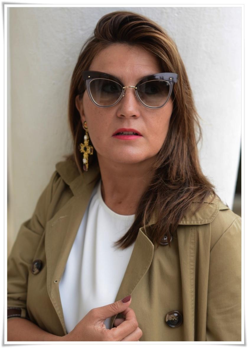 Cuida tu imagen, Alicia Santiago, Trench beige, Fondo de armario, gafas Marc Jacobs, trench beige 4