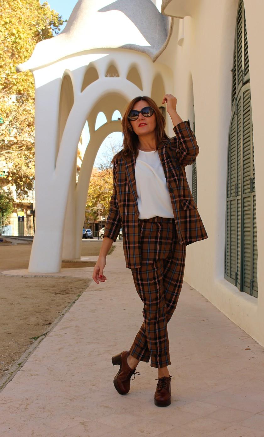 Cuidatuimagen, Traje retro by Bherska, zapatos Casas Club, Autumn Looks, Masia freixa 5